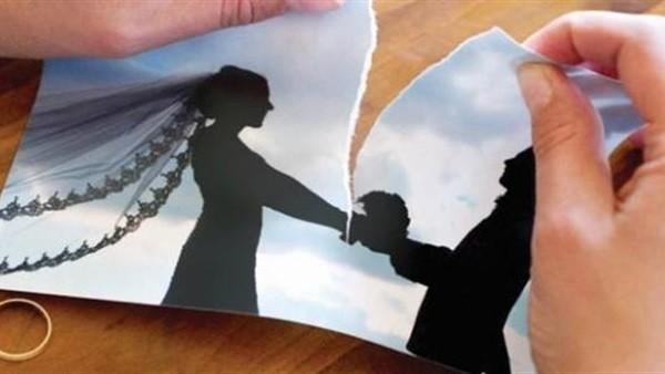 غرفة فندق تكشف فضيحة زوج بعد 16 سنة زواج