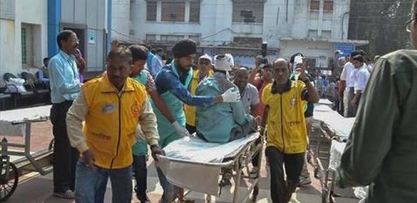 ارتفاع حصيلة قتلى حادث قطار الهند إلى 96 شخصا