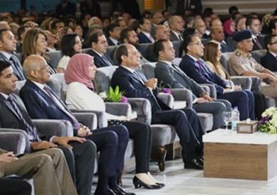 «السيسي» يؤكد على أهمية دور الجامعات في غرس قيم الوطنية والانتماء لدى الشباب
