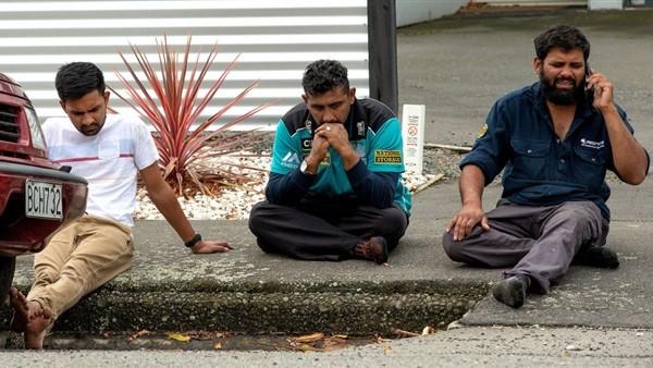 هكذا رحب أحد ضحايا مذبحة نيوزيلندا بالسفاح عند دخوله المسجد.. فيديو