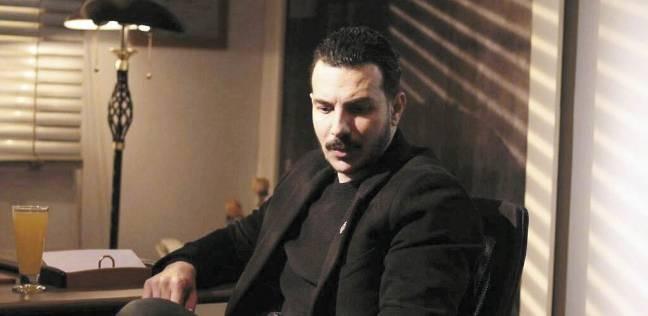 """باسل الخياط يواصل تصوير """"الرحلة 710"""" مع ريهام عبد الغفور"""