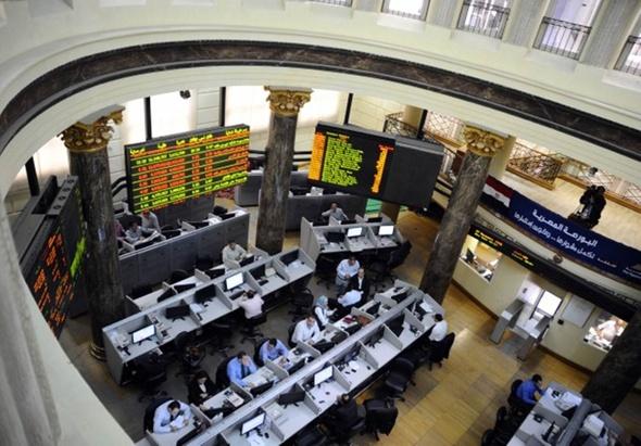 نشاط جماعي لمؤشرات بورصة مصر في مستهل التعاملات