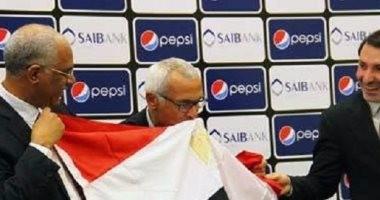 عضو اتحاد الكرة السابق: وكيل كوبر طلب معرفة مكافأة فوز مصر بكأس العالم