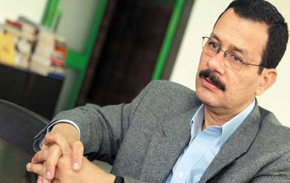 أحمد درويش: مشروعات ضخمة للصناعات الثقيلة بمحور قناة السويس