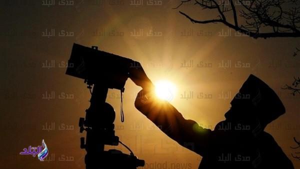 الإسكندرية ودمياط أفطروا قبل القاهرة بـ يوم.. قصة حول تضارب رؤية هلال شوال