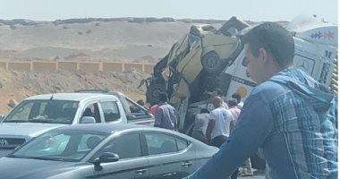 مصرع شخص وإصابة 5 آخرين فى حادث تصادم 13 سيارة بطريق الإسكندرية الصحراوى