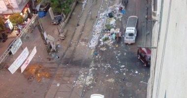 شكوى من تراكم القمامة بمزلقان ترام باكوس فى محافظة الإسكندرية