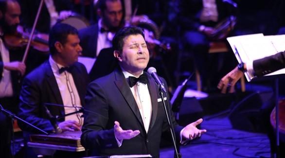 """""""الموسيقى العربية"""" يطالب بإنشاء قناة فضائية تبث ما يقدم على مسارح الدولة"""