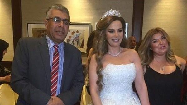 شاهد.. جيهان منصور تحتفل بحفل زفافها على أغانى عمرو دياب