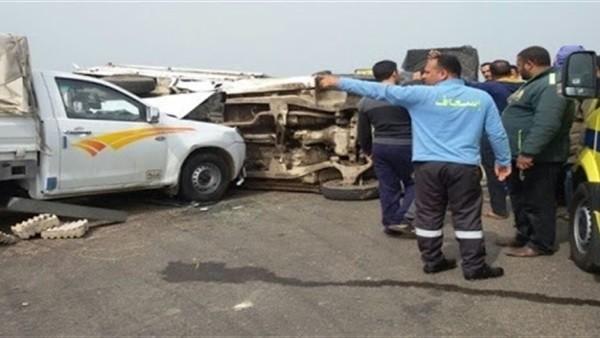 مصرع 3 أشخاص وإصابة 15 آخرين في تصادم 3 سيارات بالشرقية