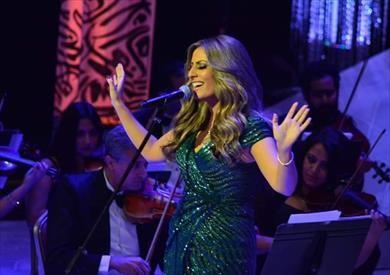 نهال نبيل تغني لشادية وفيروز في الليلة السابعة لمهرجان الموسيقى العربية