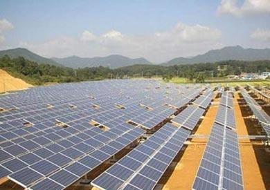 بعد تحريك سعر الدولار.. ارتفاع مرتقب فى أسعار شراء قطع غيار مشروعات الطاقة المتجددة