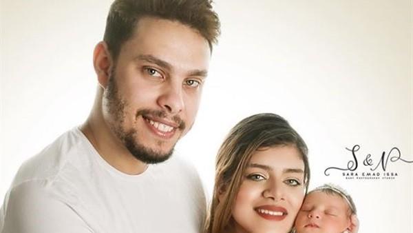 باي باي.. أحمد حسن وزينب يغادران مصر بعد الهجوم عليهما