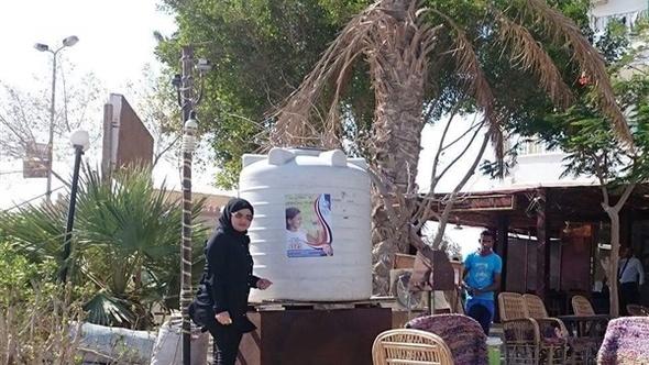 مياه البحر الأحمر تستطلع آراء المواطنين حول خدماتها بالقصير ومرسى علم