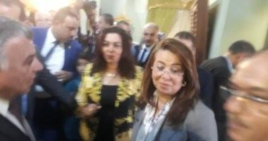 """وزيرة التضامن لأحد العارضين بفيرنكس دمياط: """"أنا عاوزة الكرسى ده"""""""