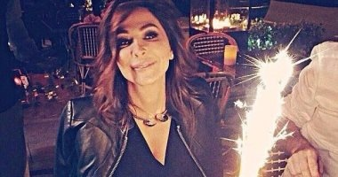 """بمناسبة عيد ميلادها..أهم 10 تغريدات شاركتها إليسا مع جمهورها على """"تويتر"""""""
