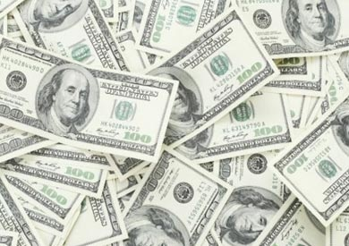 استقرار أسعار الدولار نسبيا في البنوك الأربعة الكبرى