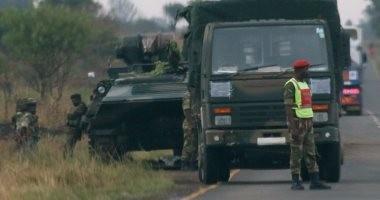 جيش زيمبابوى: الرئيس وزوجته رهن الاحتجاز.. وأنباء عن تنحى موجابى