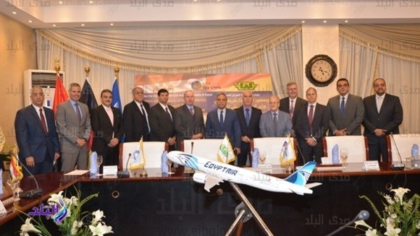 «مصر للطيران» تجدد عقد الشراكة مع لوفتهانزا لتموين الطائرات.. صور
