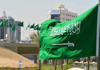السعودية تطرد سفير كندا وتستدعي سفيرها وتجمد العلاقات التجارية