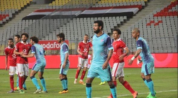 الأهلي يضمن صدارة ترتيب الدوري رغم التعادل أمام بتروجيت