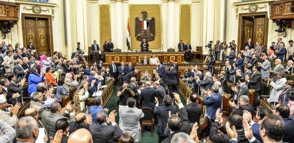 17 نائبا يرفضون التصويت برفع الحصانة عن النائب مرتضى منصور