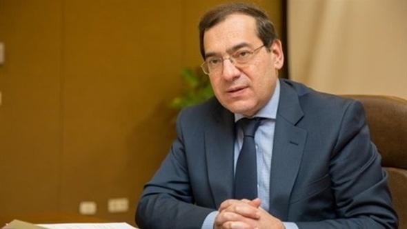 عودة وزير البترول من السعودية بعد مشاركته بمؤتمر الثروة المعدنية