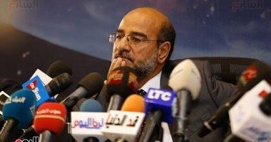 عامر حسين: أخطرنا الأندية بخوض المصرى مبارياته بالدورى فى برج العرب