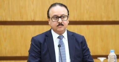 """وزير الاتصالات ورئيسا """"فودافون"""" و""""سيكو"""" يصلون حفل إطلاق الموبايل المصرى"""