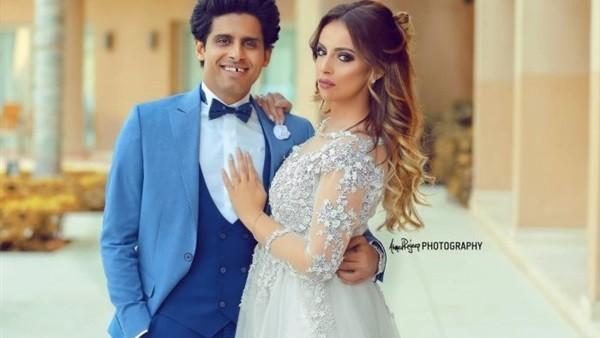 بدون مكياج وبإطلالة بسيطة .. نجمة مسرح مصر تستعرض جمالها خلال الحمل