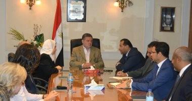 """وزير قطاع الأعمال يتابع تطورات مشروع """"الصوت والضوء"""" بالأهرامات"""