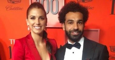 شاهد.. نجمة منتخب أمريكا للسيدات تنضم لجماهير ليفربول بسبب محمد صلاح