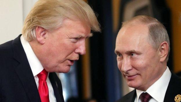 """ترامب يهاجم """"الأغبياء"""" الذين يعتقدون ان العلاقة مع روسيا امر سيء"""