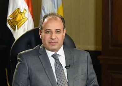 محافظ الإسكندرية يتابع حالة مصابي حادث انهيار عقار الحضرة