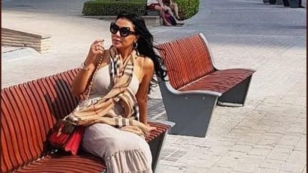رانيا يوسف في إطلالة جديدة أمام النيل .. صور