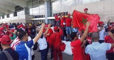 شاهد.. الشرطة الإيفوارية تطلق قنابل الغاز على جماهير المغرب