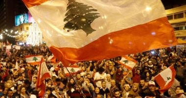 لبنان ينتفض.. تواصل المظاهرات والاعتصام فى مدينة طرابلس