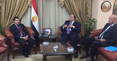 وزير الرياضة يستقبل رئيس الاتحاد السكندرى
