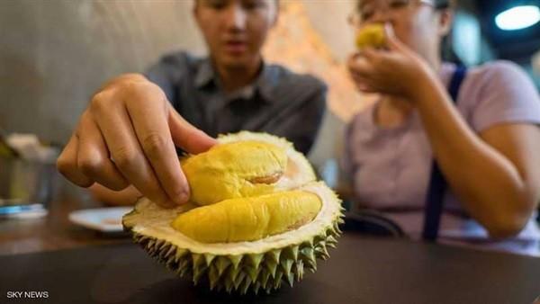 رائحتها كريهة وطعمها لاذع.. أغلى فاكهة في العالم ثمن الثمرة 1000 دولار