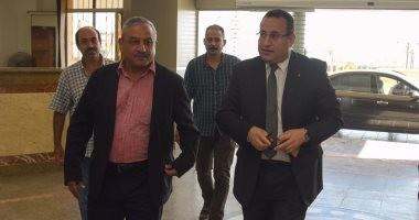 وصول محافظ الإسكندرية الجديد إلى ديوان المحافظة لتسلم مهام منصبه.. صور