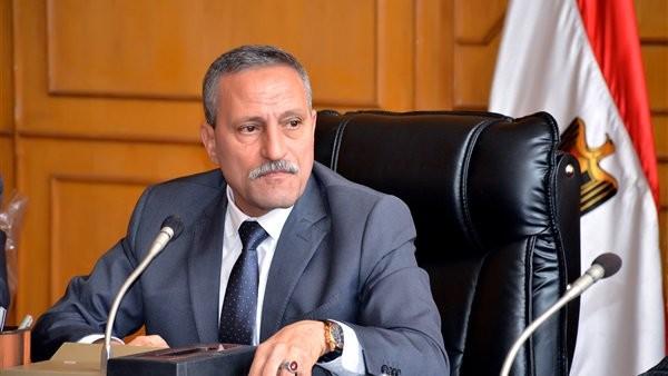 أنباء عن استقالة محافظ الإسماعيلية بدعوى تدهور حالته الصحية