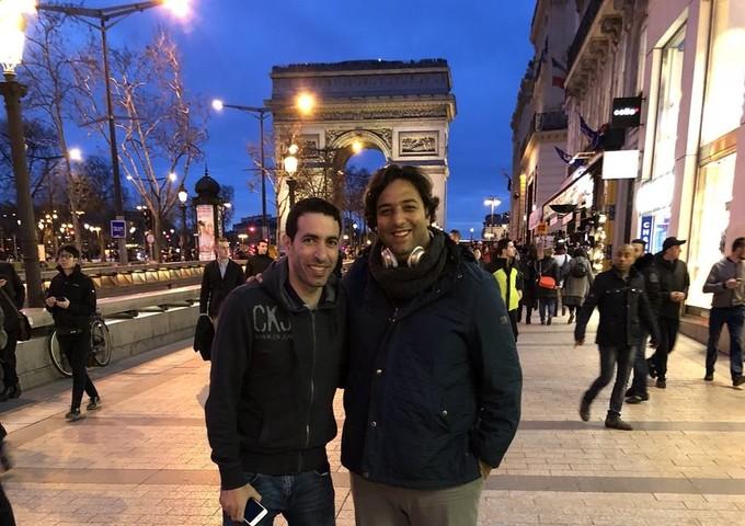 صورة .. ميدو مع أبوتريكة في باريس