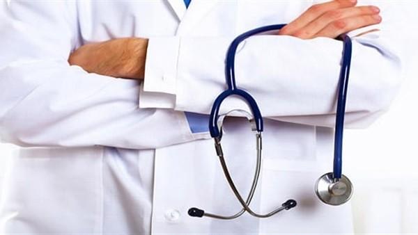 إحدى ضحايا طبيب المحلة المزيف تفجر مفاجأة حول تورط زوجته