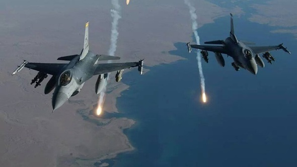 المرصد السوري: الطيران الحربي يقصف عدة مناطق في حماة وريفها