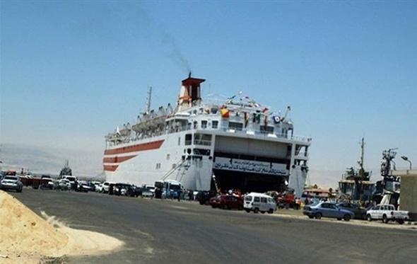 وصول 236 راكبًا و25 شاحنة إلى ميناء سفاجا