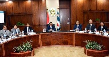 البترول: فرص استثمارية جديدة للبحث والاستكشاف بالبحر الأحمر وغرب المتوسط