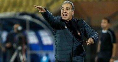 لاسارتى يحاضر لاعبى الأهلى استعدادا لبتروجت.. وانتظام محمود وحيد