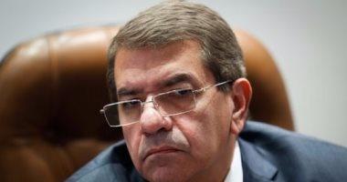 براءة وزير المالية فى 11 دعوى تتهمه بعدم تنفيذ أحكام قضائية