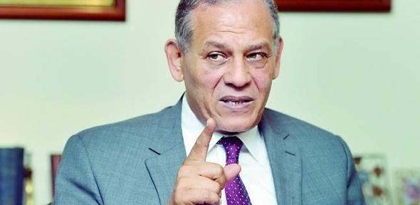 """تفاصيل جلسة التحقيق مع طلعت السادات والاجتماع المغلق مع """"عبدالعال"""""""