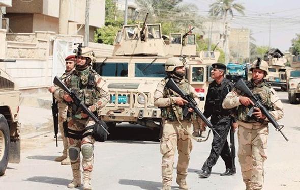"""اشتباكات بين القوات العراقية في أكبر معاقل """"داعش"""" بالموصل"""